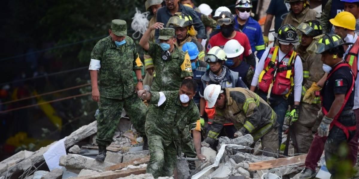 Honduras envía rescatistas a México por terremoto, Guatemala alista otro equipo