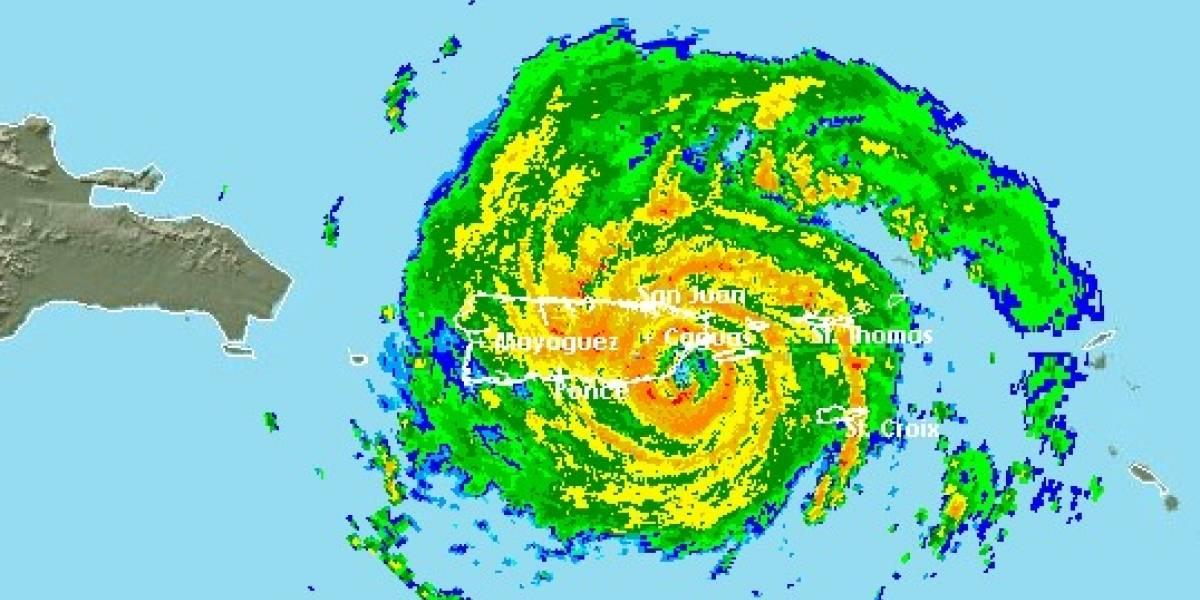 Ya entró el ojo del huracán María a Puerto Rico por Yabucoa