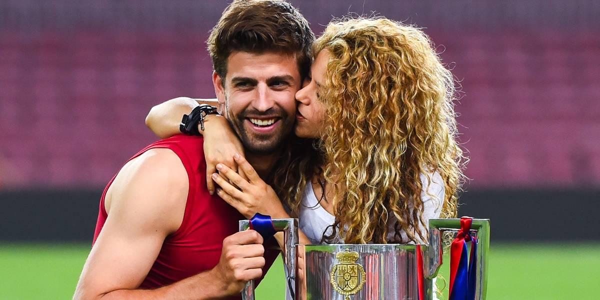 Shakira e Piqué são flagrados juntos em Barcelona