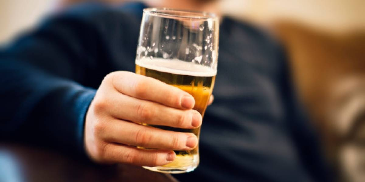 Beber en exceso durante tu época universitaria puede dejarte sin empleo