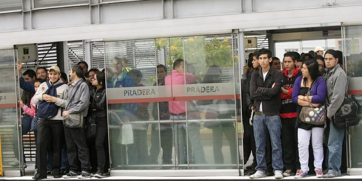 TransMilenio no hace lo mismo que un metro: Experto en transporte