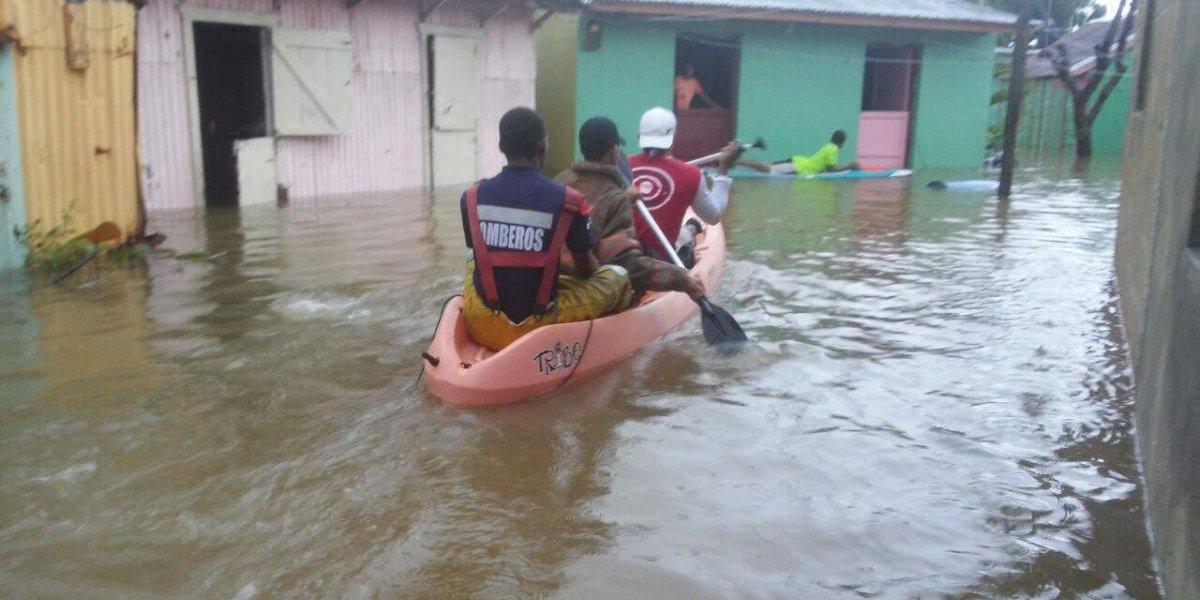 Todos los aeropuertos dominicanos están operativos tras el huracán María