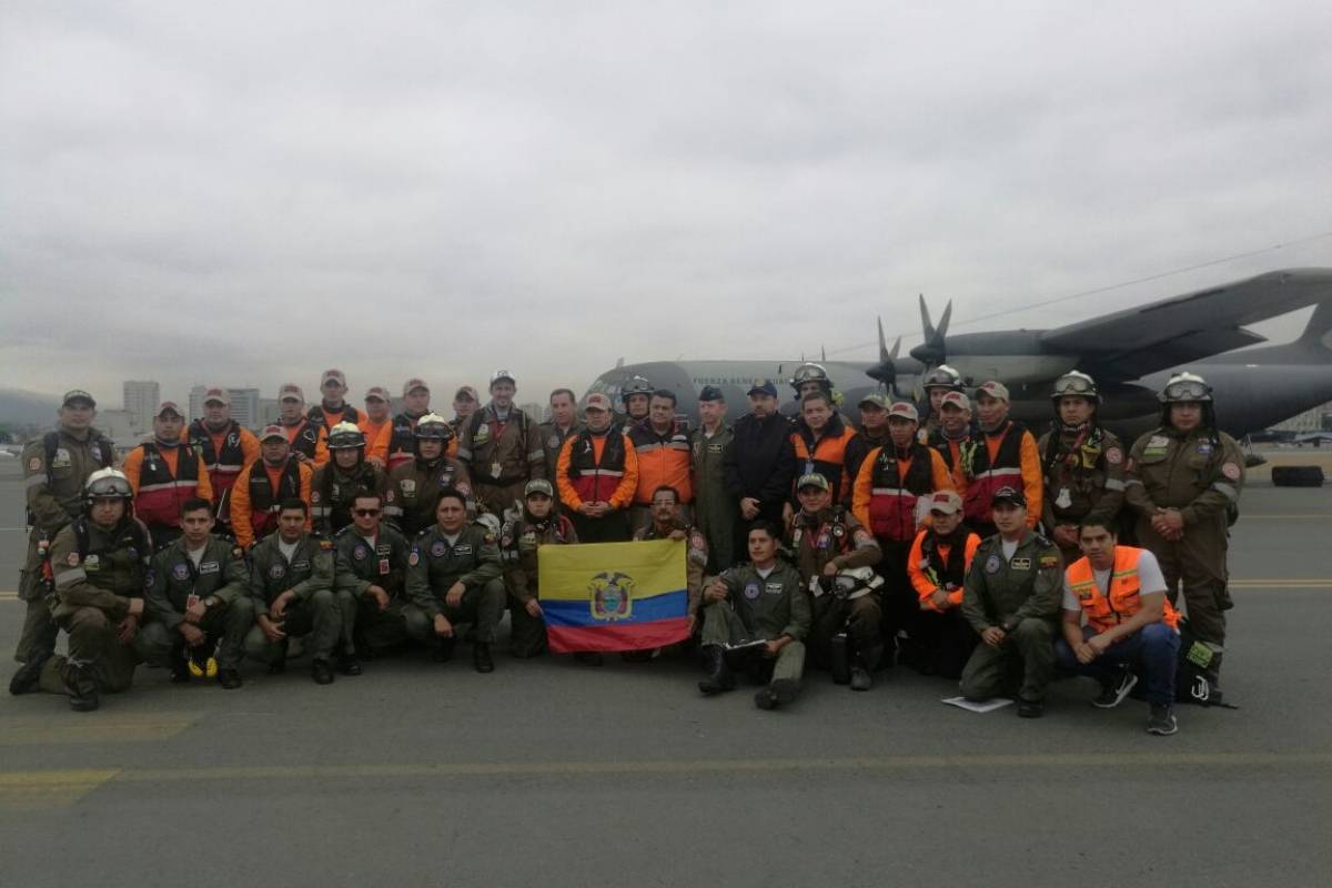 Bomberos de Guayaquil Bomberos viajan a México