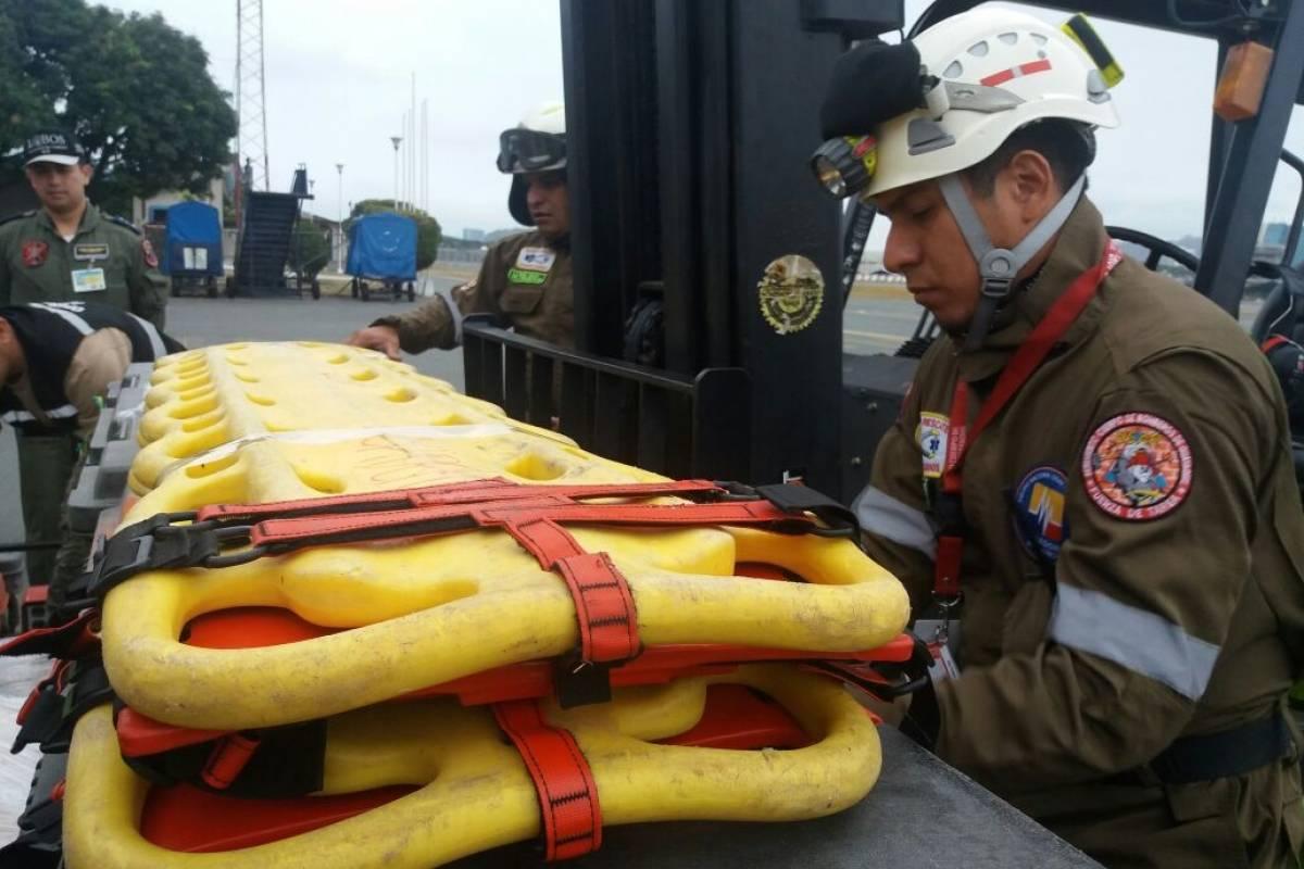 Bomberos de Guayaquil Bomberos de Guayaquil viajan a México