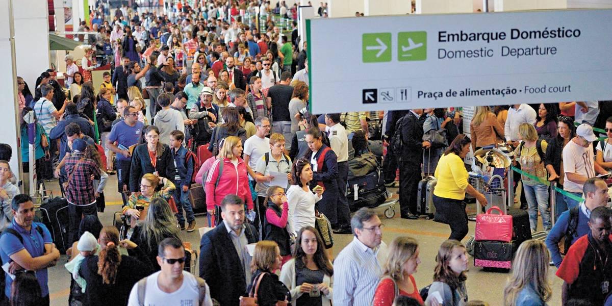 Demanda por transporte aéreo doméstico cresce 5,51% em agosto, diz Abear