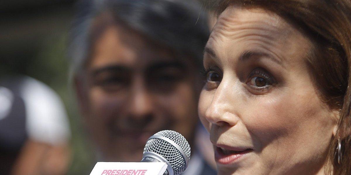 Karen Doggenweiler se une a la candidatura de ME-O y se retira de TVN por tres meses sin goce de sueldo