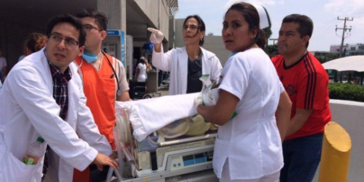 """""""El ángel de Morelos"""": el bebé que nació  entre los escombros segundos después del terremoto de México"""