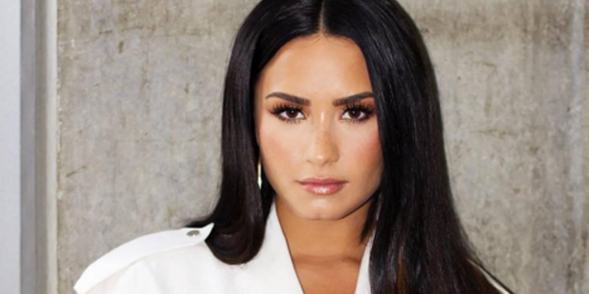 Demi Lovato posta foto de maiô e desabafa: 'Estou abrindo mão do perfeccionismo'