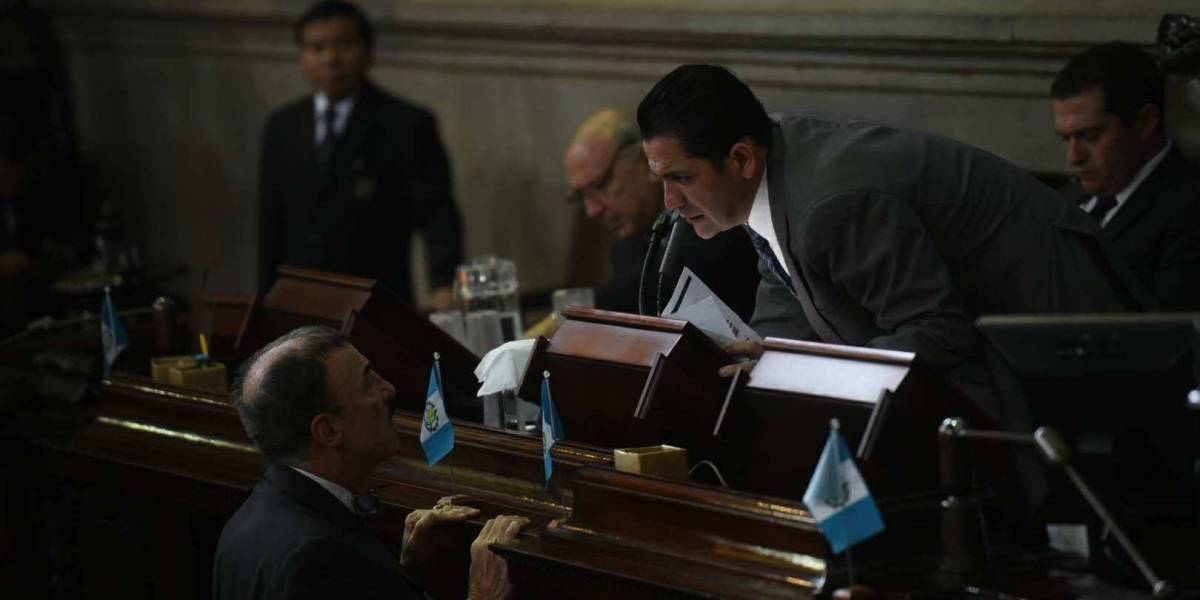 Protegen a Morales a pesar de las protestas