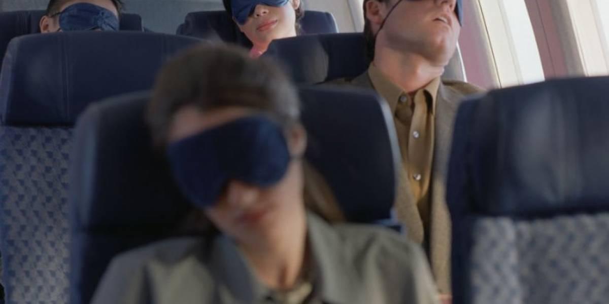 ¿Por qué es peligroso dormir en el avión?