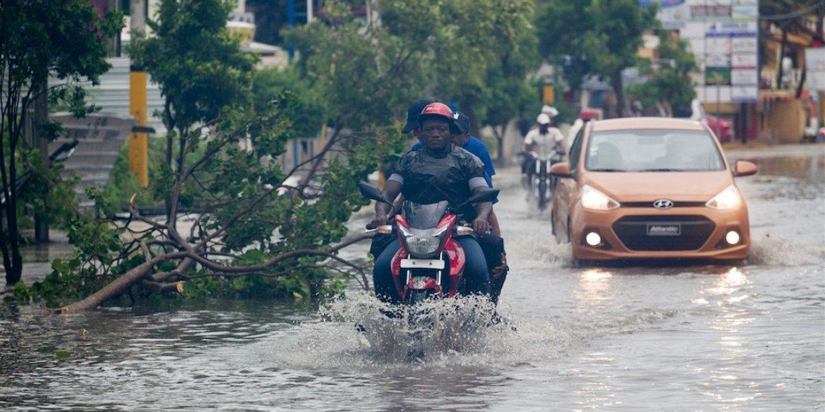 Huracán María empieza a dejar dramáticas imágenes en República Dominicana