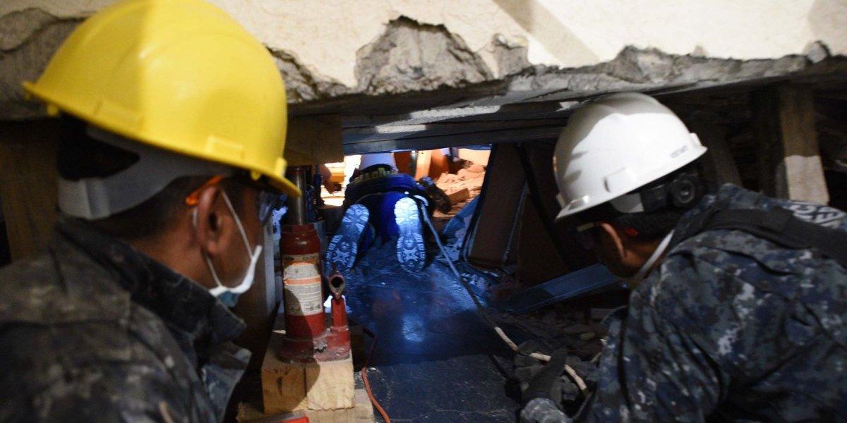 Rescatistas del mundo socorren a víctimas del terremoto de México