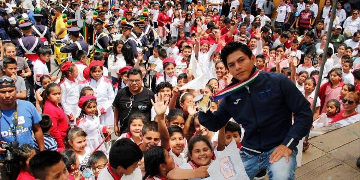 Jocotenango se vuelca a las calles para recibir al campeón Jorge Vega