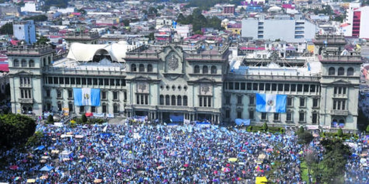 Gobierno destaca pacifismo y civismo en manifestaciones de #20S