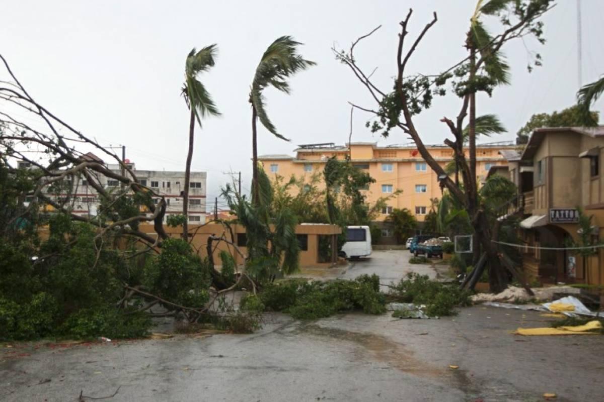 Alerta en Puerto Rico ante posible ruptura de un embalse
