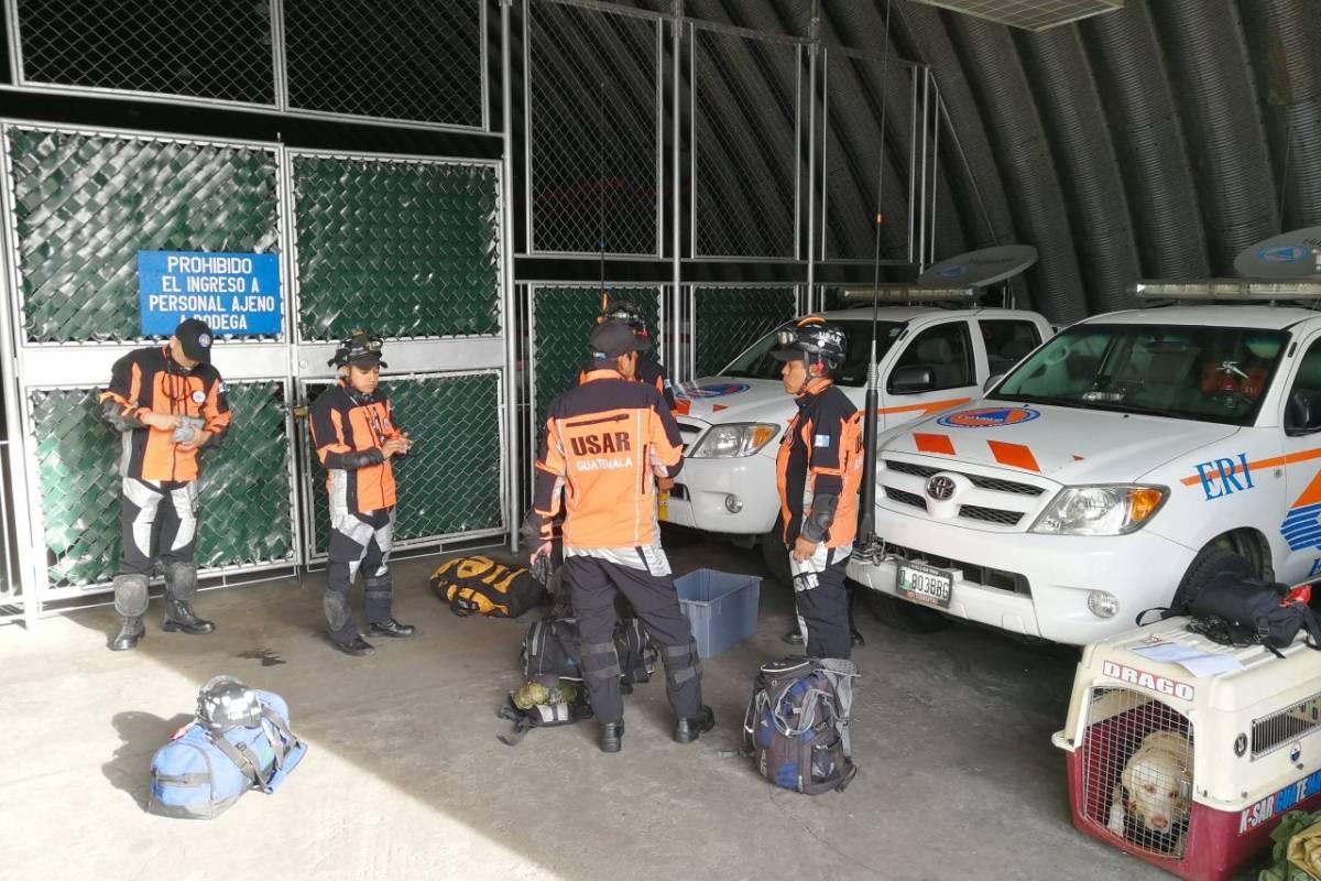 Expertos de Guatemala se suman a labores de rescate en México