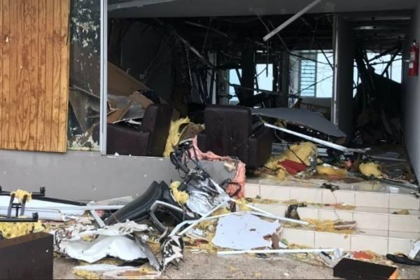 Esta imagen muestra cómo la fuerza del huracán María arrasó con un establecimiento en la zona de Condado en San Juan. Foto: David Cordero Mercado