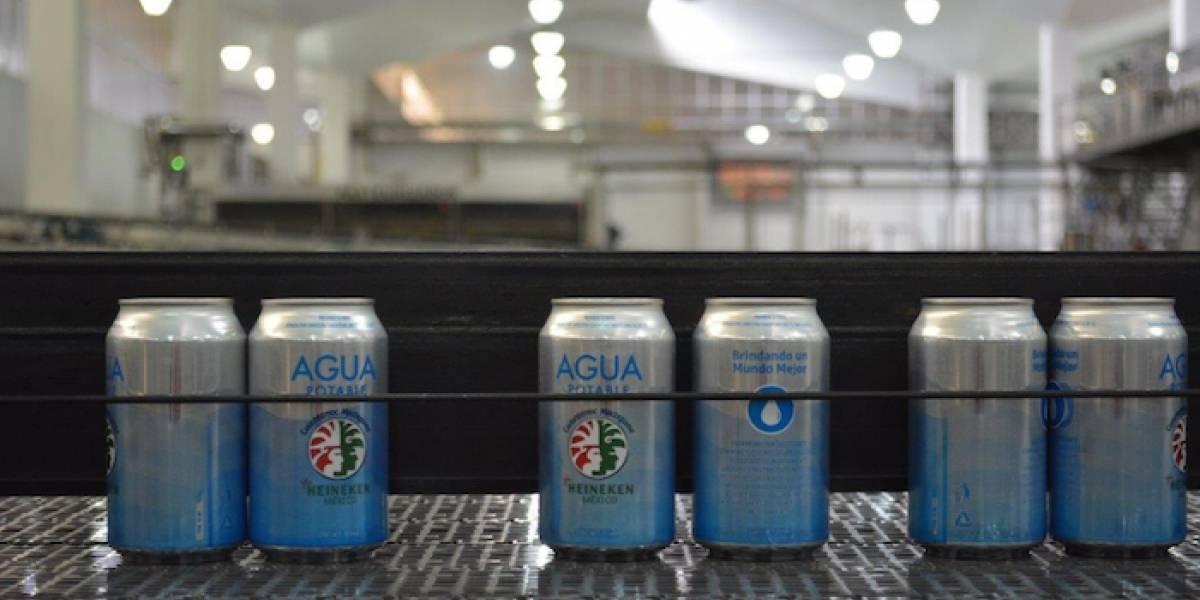 Transforman planta cervecera y enlatan agua potable para ayudar a afectados por terremoto