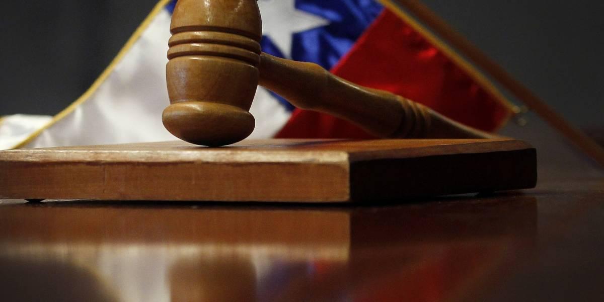Condenan a 29 años de cárcel a peruano que degolló a su pareja y pequeña hija