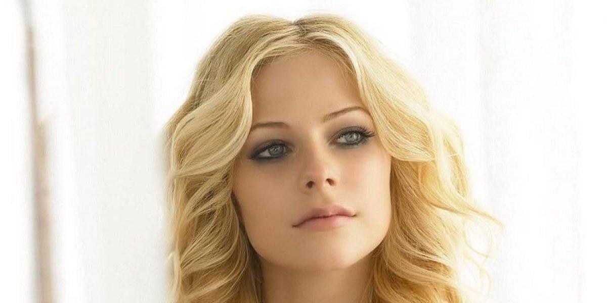 """Avril Lavigne es considerada la celebridad """"más peligrosa"""" en internet"""