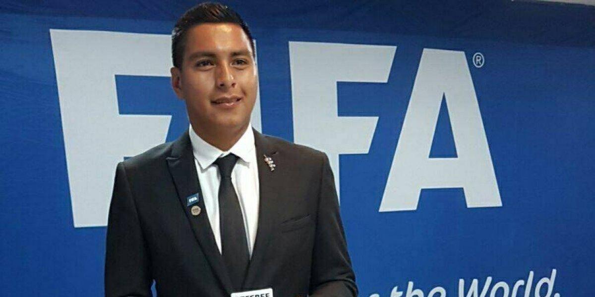 Árbitros guatemaltecos harán historia en una reconocida Liga extranjera