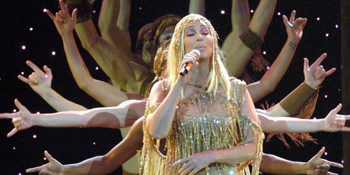 ¡Cher anuncia visita a Bogotá!