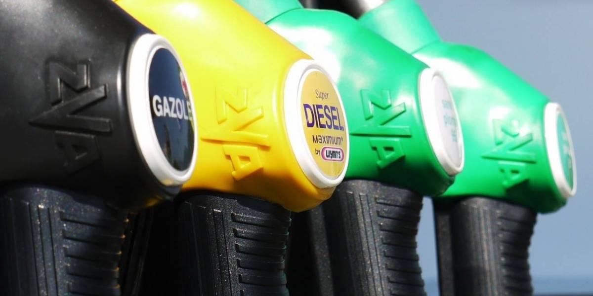 Autoridades ayudan en distribución de gasolina