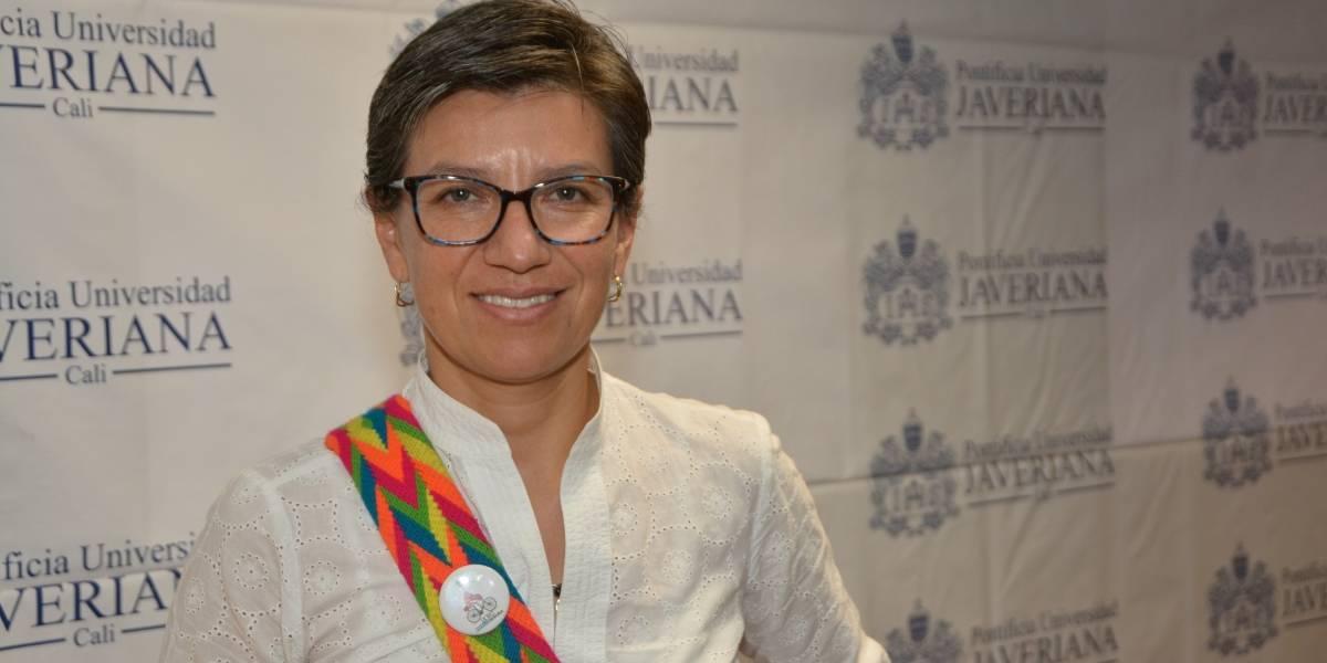 'No votaría por un candidato de Uribe o por Germán Vargas ni muerta': Claudia López