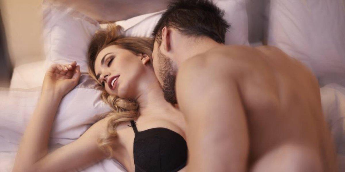 Estudio revela la edad en la que las mujeres disfrutan más del sexo