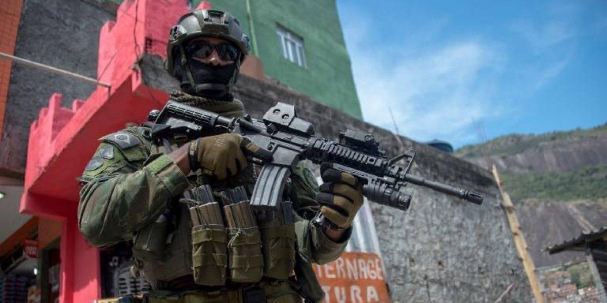 Favela en guerra: Ejército de Brasil interviene Rocinha de manera indefinida por enfrentamiento entre narcos