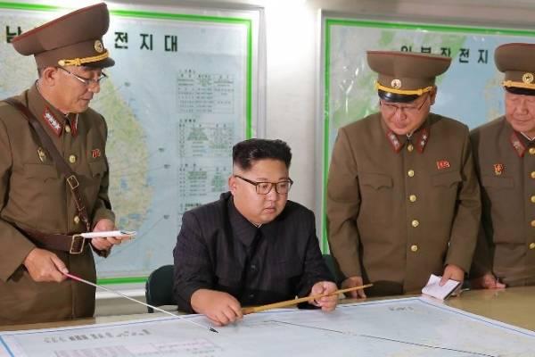 Sobrevuelan aguas internacionales al este de Corea del Norte