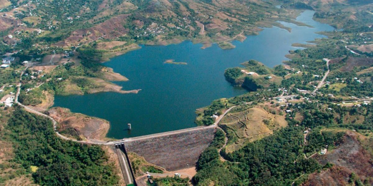 Alertan a residentes cerca de represa Toa Vaca sobre posibles desalojos