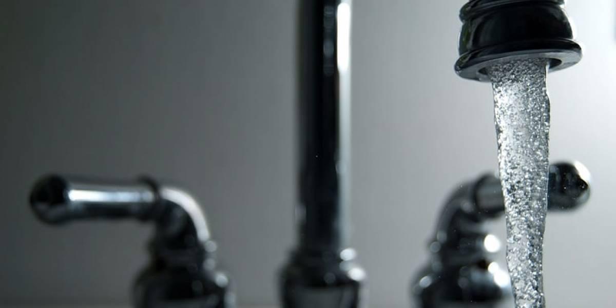 Calidad Ambiental exhorta a tomar agua certificada por AAA