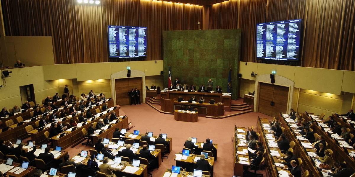 Senadores gastaron $6.200 millones en asesores en cinco años: Girardi y Chahuán encabezan el listado