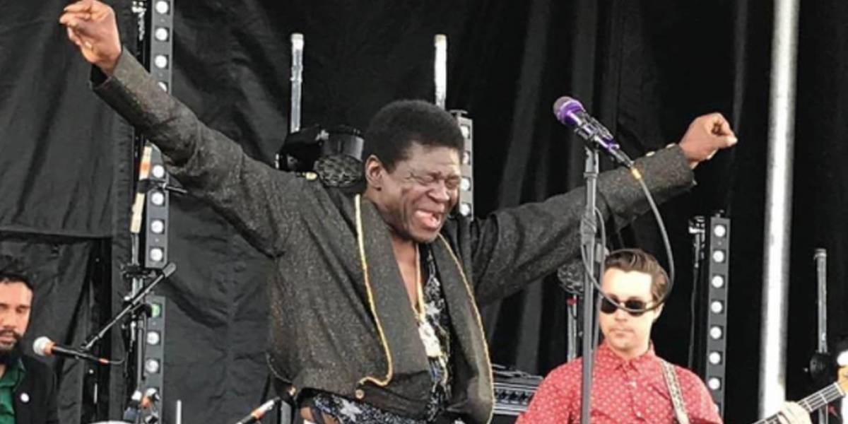 Cantor Charles Bradley morre aos 68 anos