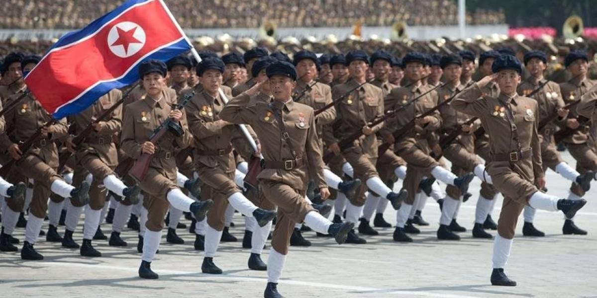 """Corea del Norte sale a la calle a manifestarse contra EEUU: """"Estamos esperando el momento decisivo final para eliminarlos"""""""