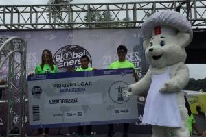 Alberto González gana la Carrera Bimbo Global Energy