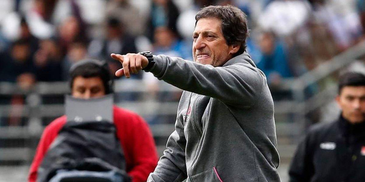 """Mario Salas firme: """"No voy a renunciar, nadie trabaja más que yo en este club"""""""