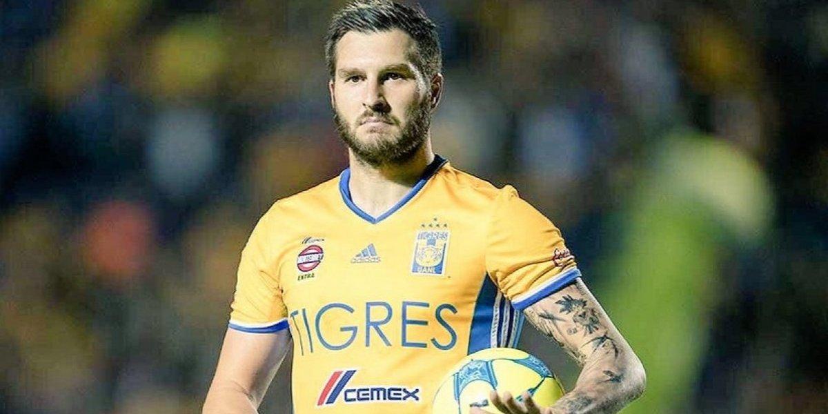 Gerardo Lugo subasta jersey para damnificados; Gignac ofrece 15 mil pesos