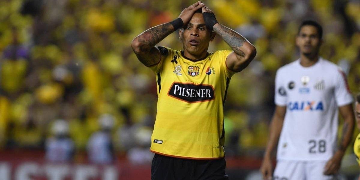 Santos está interesado en Díaz y Álvez de Barcelona SC