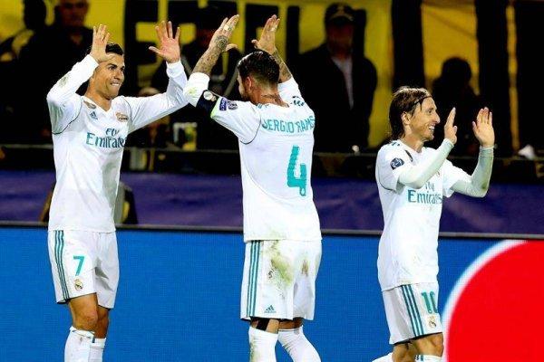Cristiano Ronaldo festejando en su partido 400 con la camiseta del Real Madrid / Foto: EFE