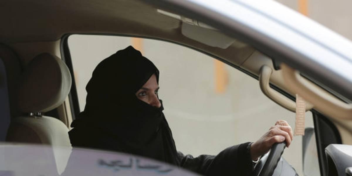 ¡Histórico! Arabia Saudita permitirá a las mujeres conducir