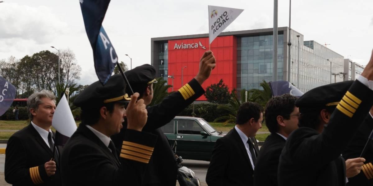 Pilotos de Avianca mantendrán su huelga pese al ultimátum de la aerolínea