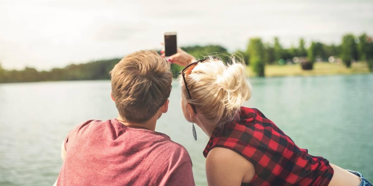 Juez prohíbe a una mujer tomarse 'selfies' sin su esposo