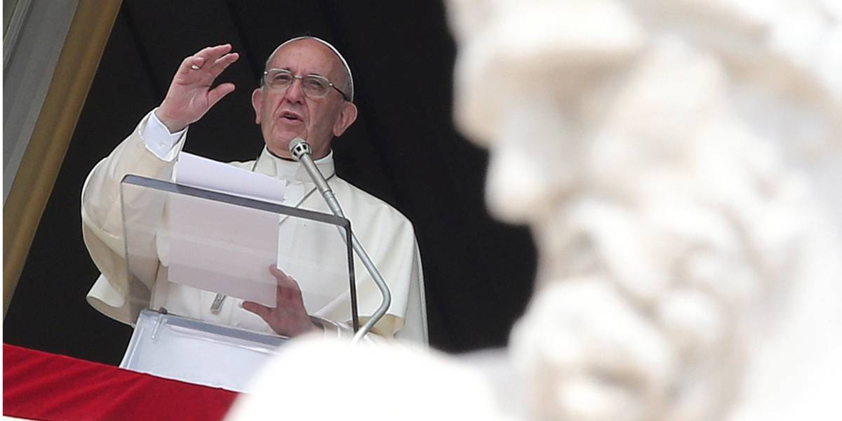 'Indiferença é um grande pecado', diz Papa em missa que homenageia os pobres