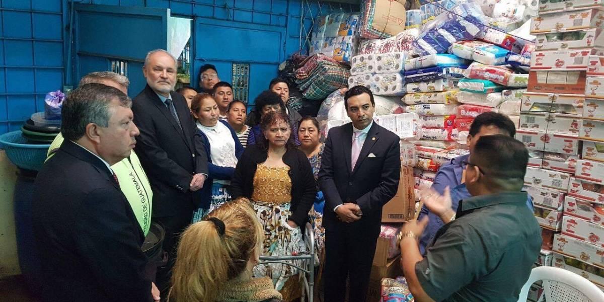 Inquilinos de La Terminal donan toneladas de abarrotes para México