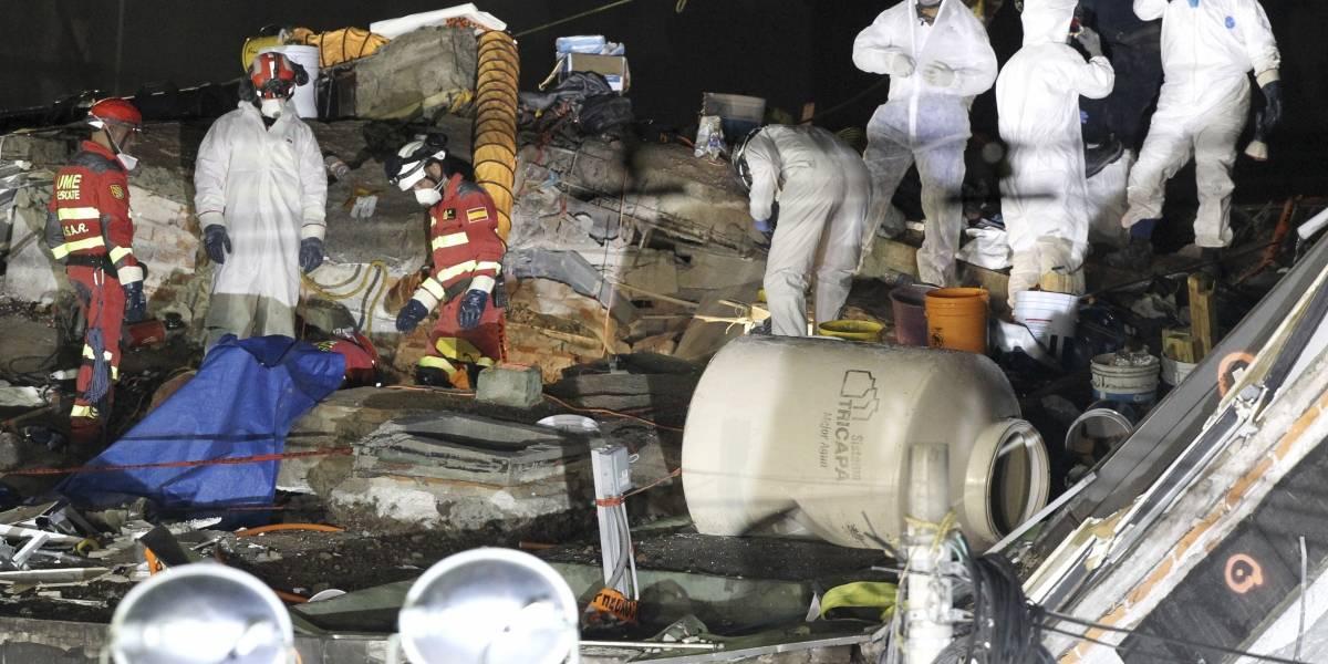 Suman 337 los muertos por fuerte sismo en México
