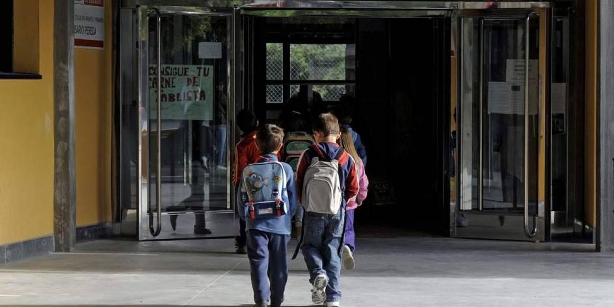 Millones de niños van a la escuela, pero no aprenden dice Banco Mundial