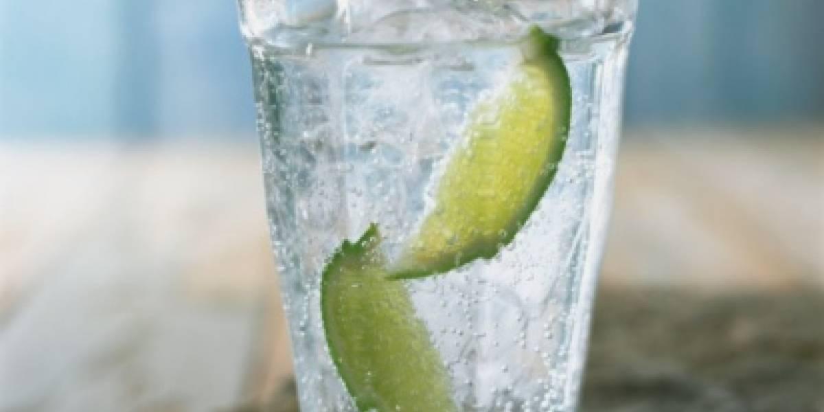 Gracias a este vaso podrías compartir bebidas por Internet