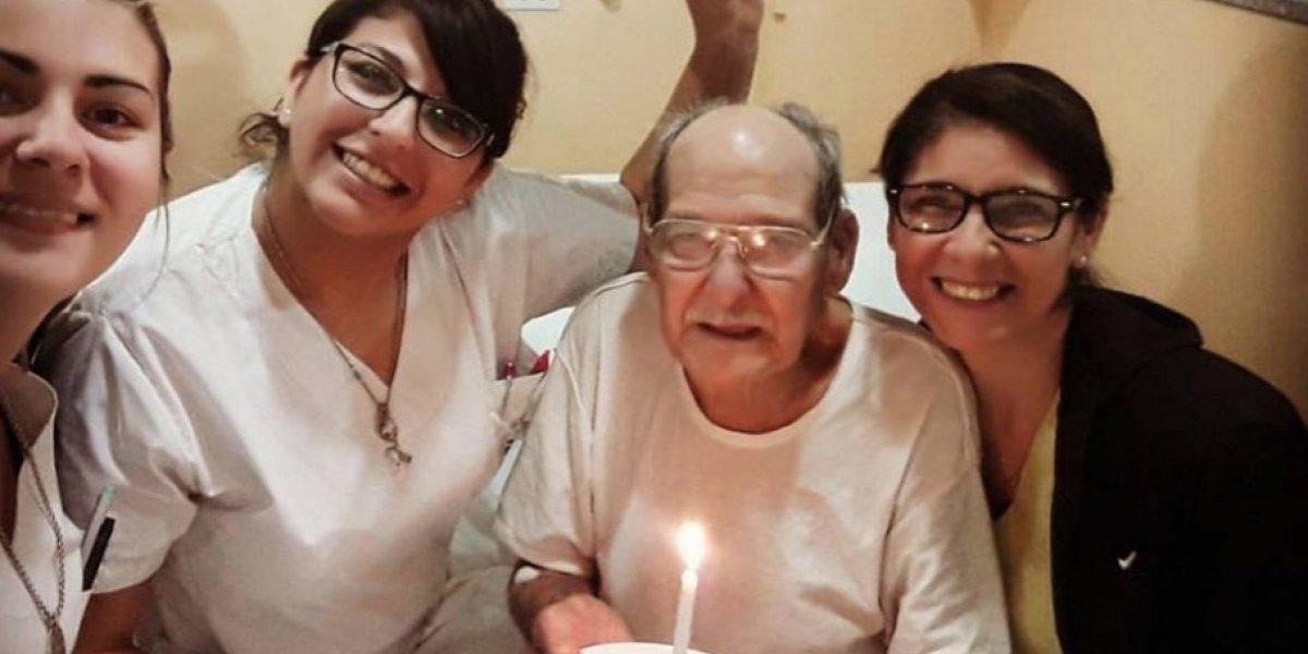 """""""Su cara de emoción no la olvidaré nunca"""": Abuelito finge enfermedad para ir a hospital y no pasar solo su cumpleaños"""